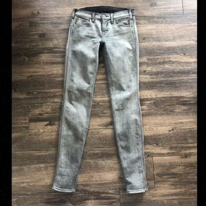 Denim - Super cute Grey Skinny Jeans Sz 25